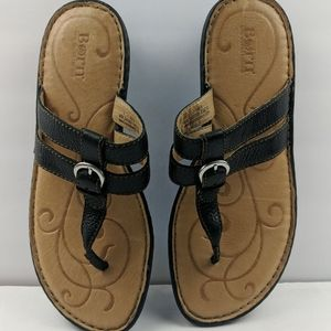 Born Black Leather Sandals Size 9/ 40.5